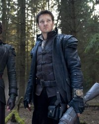 Hansel & Gretel : Witch Hunters 2, orphelin de réalisateur