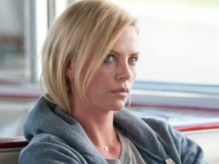 Charlize Theron : Ladies Night, femme de Pistorius et un thriller pour Paramount ?