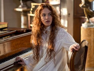 The Crow : Jessica Brown Findlay rejoint Jack Huston