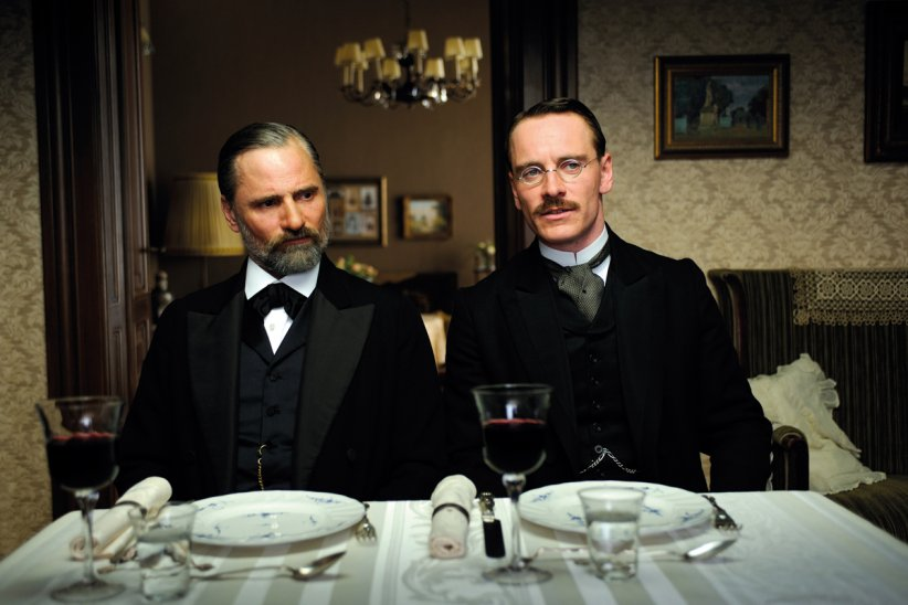 "Viggo Mortensen et Michael Fassbender dans ""A Dangerous Method"""