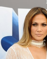 Jennifer Lopez en marraine de la drogue dans un biopic pour HBO