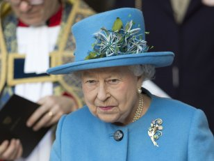 Elizabeth II, une James Bond Queen mémorable