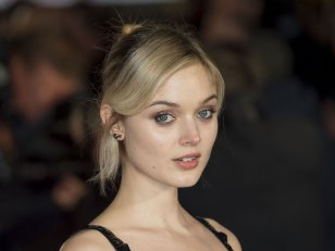 Cinquante nuances plus sombres : Bella Heathcote sera l'ex de Christian Grey