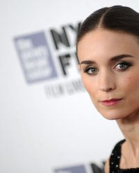 Rooney Mara et Nicholas Hoult au casting d'un film de science-fiction