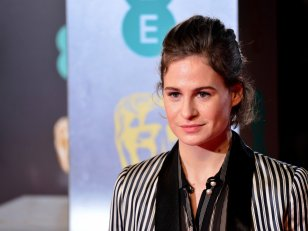 "Christine and the Queens annonce un deuxième album ""plus sexuel"""