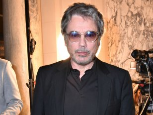 Jean-Michel Jarre : Peaches, Hans Zimmer, Pet Shop Boys sur son nouvel album