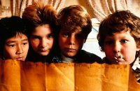 Les Goonies - bande annonce - VF - (1985)