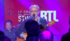 "Louis Chedid - ""La belle"" (Live) - Le Grand Studio RTL"