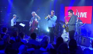 Kyle Eastwood - Taxi Driver-Theme (Live) - RTL Live