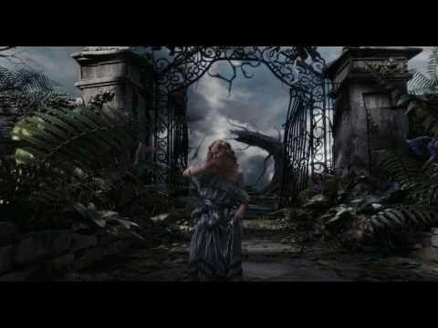 Disney España Trailer Español Oficial Alicia En El Pais De Las