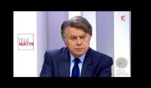 "Gilbert Collard : ""Hollande, l'expectant"" - ZAPPING ACTU DU 08/12/2015"