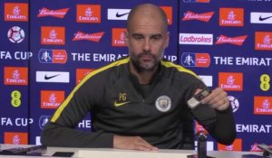 "Man City - Guardiola : ""Batterie faible..."""