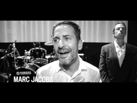 Marc Jacobs Souhaite Un Joyeux Anniversaire A Vogue Paris Sur Orange