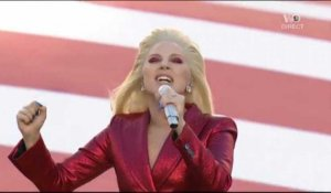 Super Bowl : Lady Gaga chante l'hymne américain