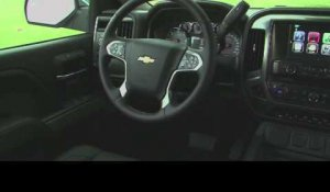 2015 Chevrolet Silverado 1500 Interior Design | AutoMotoTV