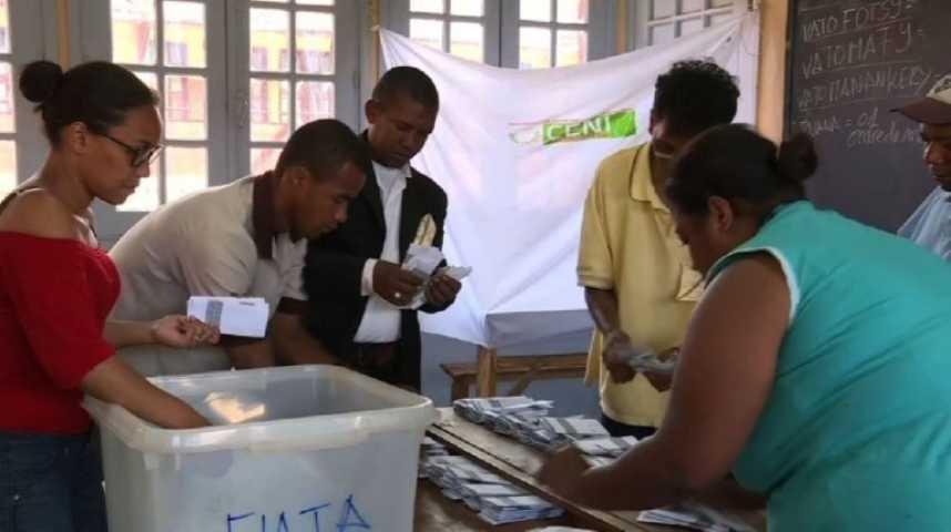 Fermeture des bureaux de vote à madagascar sur orange vidéos