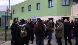 Manifestation devant le centre de détention de Tarascon