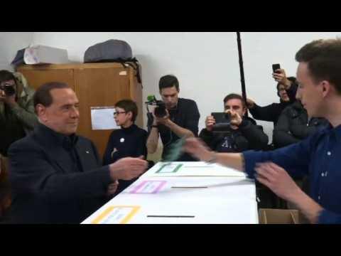 La gauche italienne subit une défaite retentissante et historique