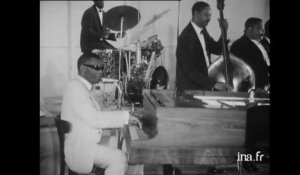 "Ray Charles et les Raelettes ""Yes indeed"""