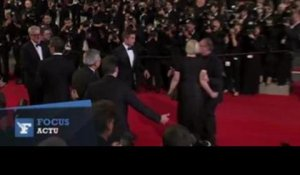 Cannes : la montée des marches de Robert Pattinson