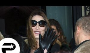 Fashion Week : Carla Bruni et Noémie Lenoir applaudissent Gaultier
