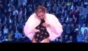 Miley Cyrus Smoking WEED ON STAGE__ MTV EMA 2013