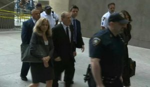 Harvey Weinstein arrive au tribunal à New York pour faire face à de nouvelles accusations