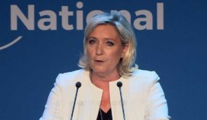 Marine Le Pen appelle à dissoudre l'Assemblée nationale