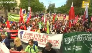 Allemagne : grandes manifestations contre le nationalisme