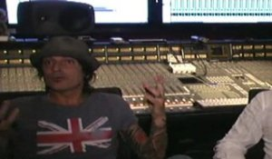 Tommy Lee Creates Public Disservice Announcement For Methods Of Mayhem