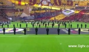 Tifo impressionnant des supporters de Galatasaray