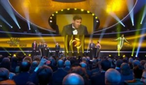 Lionel Messi remporte son 4eme Ballon d'Or !