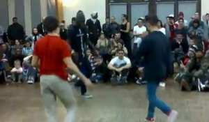 Battle Lizy 4 - Chasseur de prime junior vs urban spirit