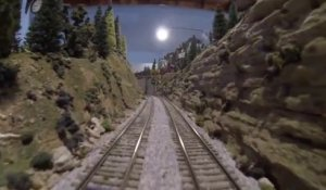 Le train miniature de grandpa Bill! Une GoPro integré sur un train miniature...