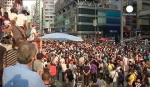 Hong Kong : les manifestants attaqués rompent le dialogue