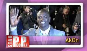 Akon : Akon Lighting Africa