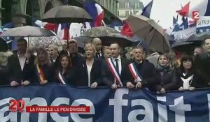 Jean-Marie Le Pen appelle Jeanne d'Arc à son secours ! 0105