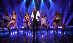 Tonight Show - Pitbull en live chez Jimmy Fallon - Emission du 21 mai sur MCM !