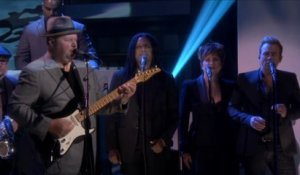 Tonight Show live du 06/08 - Christopher Cross et The Roots interprètent Sailing chez Jimmy Fallon, sur MCM !