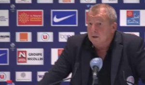 Foot - L1 - MHSC : Courbis ironise sur sa succession