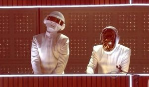 Grammy Awards 2014 : Daft Punk en live avec Pharell Williams et Stevie Wonder
