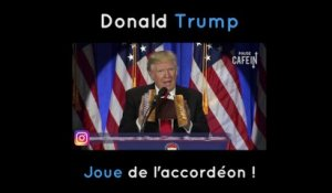 Donald Trump joue de l'accordéon