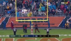 Mason Crosby misses 35-yard field goal attempt