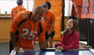 2017 NFL Walter Payton Man of the Year Nominee: Chris Harris Jr.