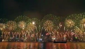 Hong Kong : le feu d'artifice fou du nouvel an 2018 !