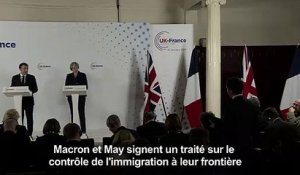 Immigration: Macron et May signent un traité