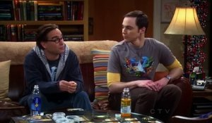 The Big Bang Theory : Sheldon rencontre Stephen Hawking