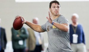 Josh Allen shows off his arm strength with 80-yard throws at his pro day