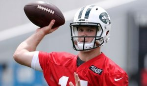 Sam Darnold's contract holdup centers around forfeiture language
