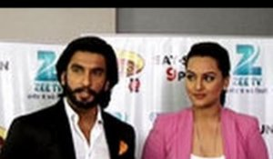 Ranveer gyrates with supermoms